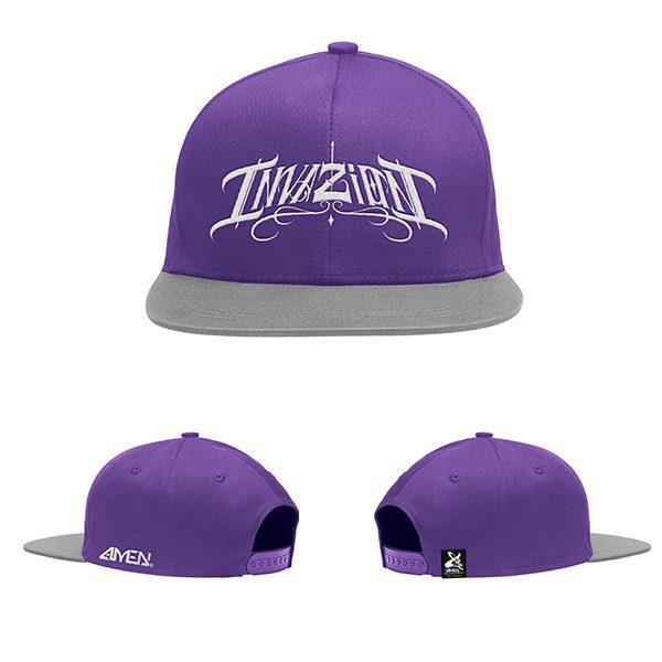 Invazion-gorra-morada-y-gris-logo-blanco