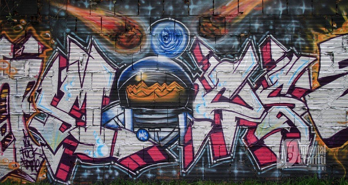 9-AUN-2015-GRAFFITI